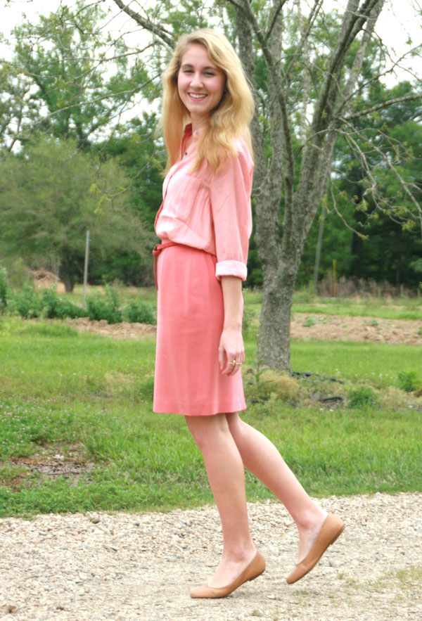 Salmon button-up and skirt with neutral flats