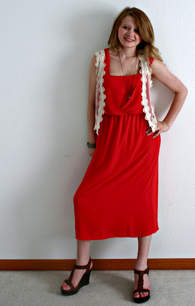 Maxidress with crochet vest