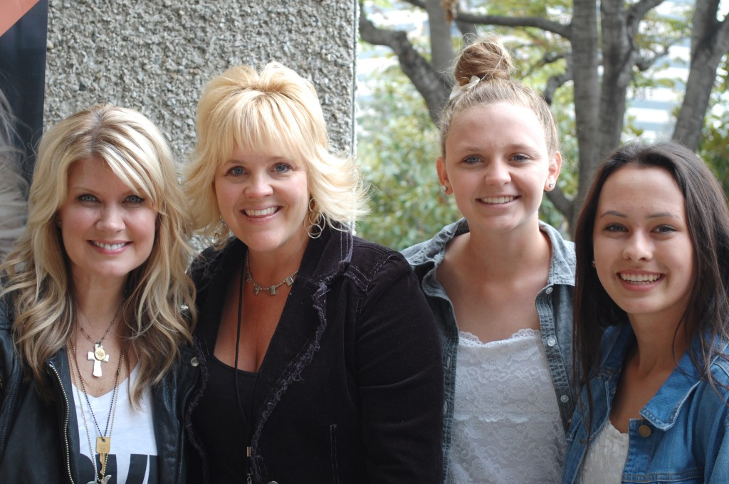 Natalie Grant (left) with Volunteer and Participants